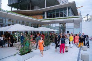 Im Rahmen eines Andaz Salons wurde beim ersten Event auf der neuen Terrasse Eugen21 im Hotel Andaz Vienna das erste Mode Wien Magazin ´69 people, 69 charakters, 69 styles´ präsentiert, Wien, 20.7.2021, -  Event Cocktail Empfang, Sommerparty, auf Terrasse
